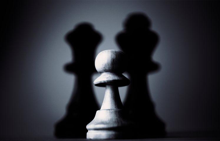 Chess figure - big shadow