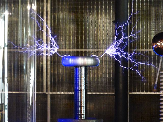 Tesla Experiment flashes